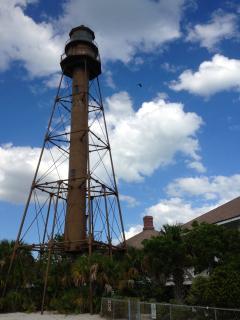 Sanibel lighthouse (2 1/2 mile beach walk)