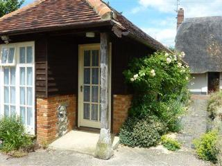 1 bedroom Lodge in rural area, Henley on Thames.