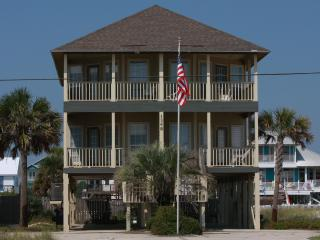 Camp David Duplex Beach House / Pool / Ocean View / 3 bdrm-2 bath