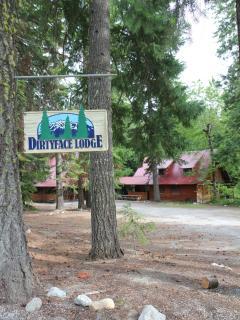 Rustic Neighborhood Lodge