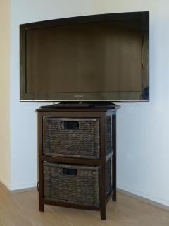 24'Sony LCD TV