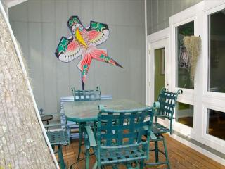 Our Time - Custom Features, Beach Walk, Screened Porch, Edisto Island