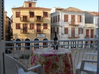 2-bedroom apartment with balcony in old Nafplio, Nauplia