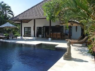 Beach villa in Bali with private swimming pool