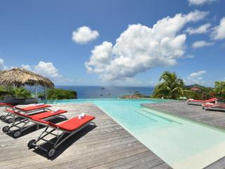Blue Swan at Lurin, St. Barth - Ocean View, Swimming Pool with Built-in Bar