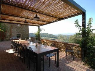 al fresco dining area at villa il santo