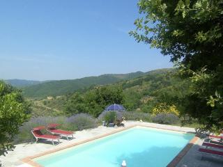 Villa Daniella, Charming & Elegant for 4-10 guests, Castiglion Fiorentino