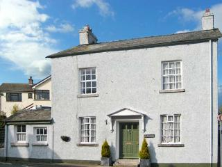 OLD BANK HOUSE, large detached house, woodburners, pet friendly, in Cark in Cart