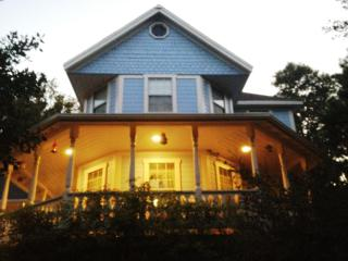 Victorian, Spa, 2 Fenced Acres, 2 Minutes to Town!, Julian