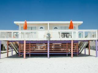 Beachfront, Sunsets, Restaurants, Shopping, Fort Myers Beach