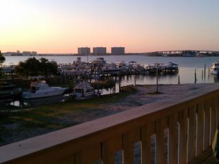 Beautiful Condo Setting/Perfect Vacation, Orange Beach