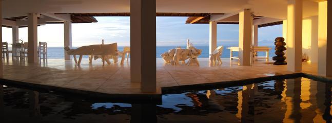 Morabito swimming pool front beach Bingin