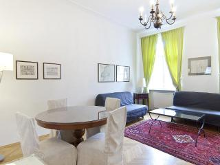 Walking distance to Stephanplatz  appartment Messe, Viena