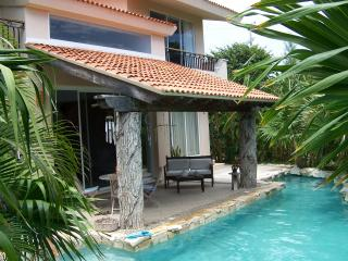 Private 3 bedroom home in a lush tropical garden., Puerto Aventuras