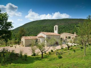 Chiesa Del Carmine, Luxury Umbrian Villa Sleeps 14, Pierantonio