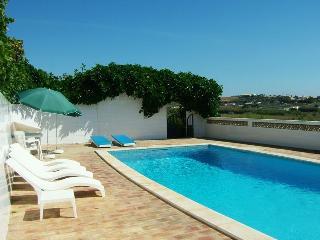 comfortable 4b villa countryside next burgau beach, Lagos