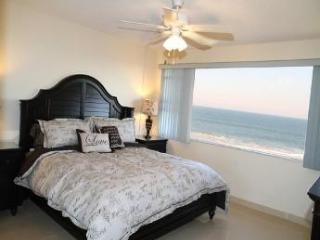 Stunning Oceanfront Condo - Truly One of a Kind!