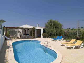 Comfortable villa in camp golf next Salema beach
