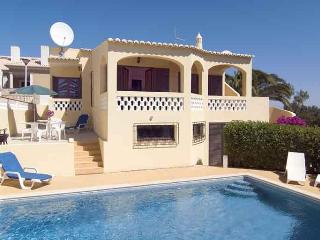 lovely 2bdr villa sea views at Praia da Luz, Lagos