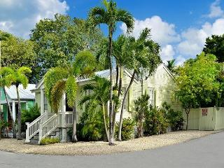 """HOWE STREET HIDEAWAY"" Newly Renovated 2 Bed Two Bath Home., Key West"