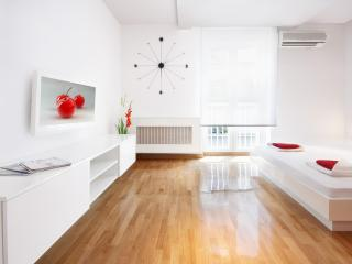 Cherry Apartment - Lux Studio - Fantastic Design