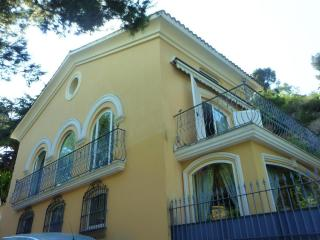 New!Cap Ferrat by beach villa 4BD/4BA terrace view