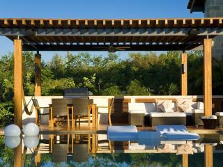 Oceanfront Estate- Architectural Masterpiece!, Punta de Mita
