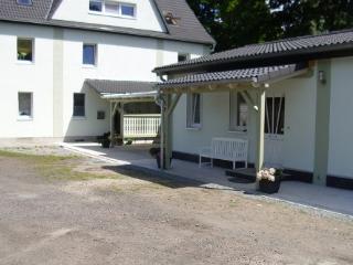 Vacation Apartment in Brandenburg an der Havel - 538 sqft, cozy, new, quiet (# 3611)