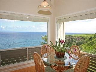 Amazing Ocean Views, Pali Ke Kua 233, a generous split-level floor plan