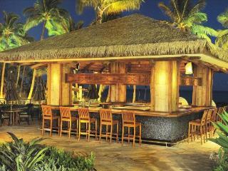 Ko Olina Beach Villas - 5th floor Ocean Tower, 2 Bedroom with Pool & Ocean View