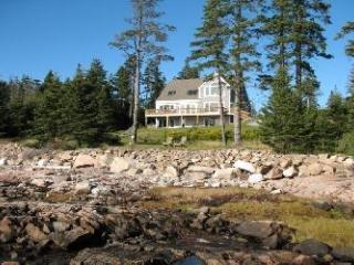 Szymanski Cottage, Bernard