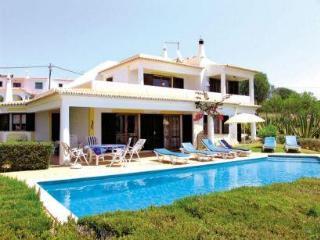 Comfortable Villa with great panoramic sea views