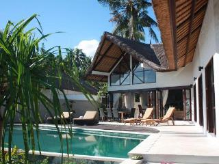 Beach front luxuary villa in authentic north Bali, Singaraja
