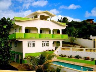 Casa De Claire - The Main House, Vieques P.R., Isla de Vieques