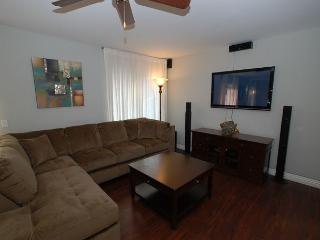 Livingroom with Flat Panel TV