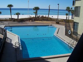 8th Floor Beachfront  Condo with Awesome View, Panama City Beach