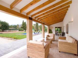 Villa in Jalon, Costa Blanca, Spain