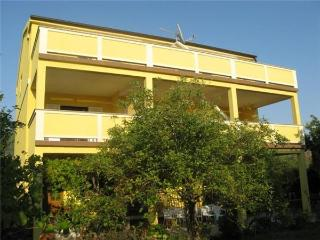 1521-Apartment Rab, Banjol