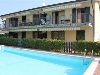15361-Apartment Lazise