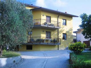 15366-Apartment Lazise