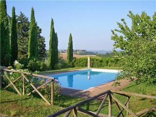 15464-Apartment San Gimignano