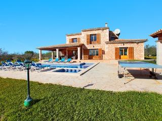 6 bedroom Villa in Calonge, Cala Dor, Mallorca : ref 2105880