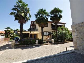 24803-Apartment Novigrad