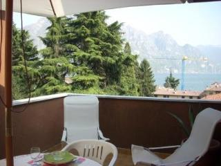 25560-Apartment Riva di Solto