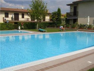 25704-Apartment Lazise, Cola