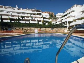 26815-Apartment Estepona