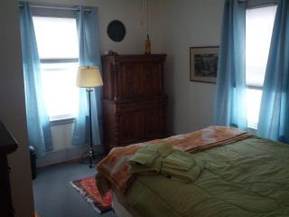 Front Bedroom #2 with Queen Bed/TV