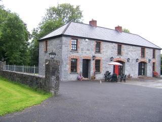 Strasburgh Manor, Ennis