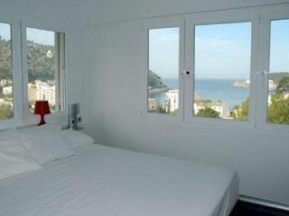3 bedroom Apartment in Puerto Soller, Mallorca : ref 2068244, Port de Soller