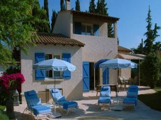 Jardin de Provence, Charming Villa with a Pool and Garden, Paradou